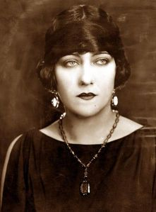 Gloria Swanson in The Impossible Mrs. Bellew, 1922